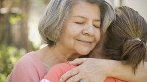 О чем может говорить сон о покойной матери?