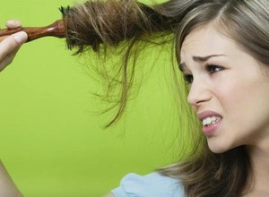 О чем предупреждает сон о выпадающих волосах
