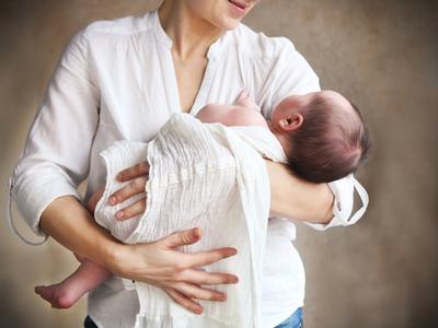 Сонник Держать ребенка на руках