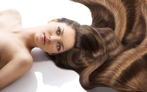 Увидеть длинные волосы в сновидениях - к чему?