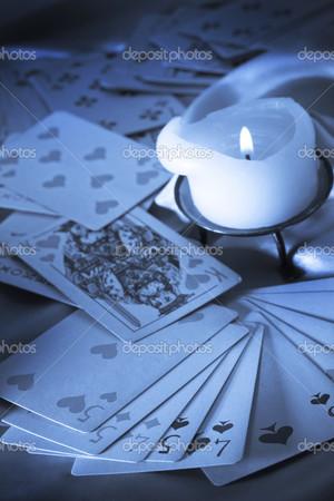 играть гадалка по картам