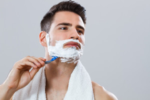 К чему снится бреющийся мужчина