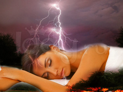 К чему снится сильная гроза с громом и молнией дождем сонник