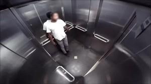 Сон, про то, как застряли в лифте