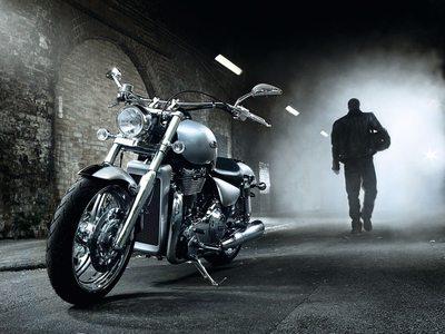 Сонник ездить на мотоцикле за рулем девушке. К чему снится ехать на мотоцикле с мужчиной