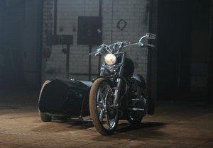 Кататься на мотоцикле с коляской