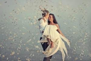 Иногда за этим кроется желание выйти замуж наяву