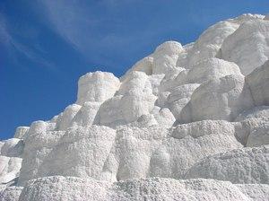 Горы-соли-в-сновидении